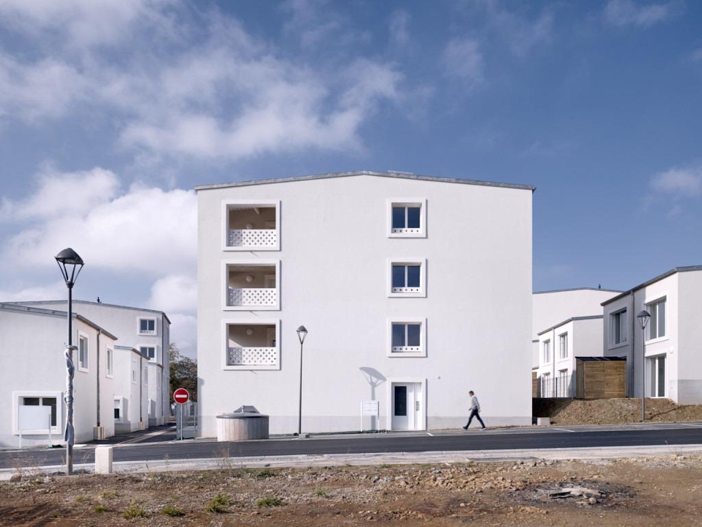 35 logements intermédiaires by Atelier Martel | © Yohan Zerdoun Photography